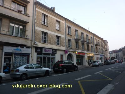 Poitiers, immeubles de la reconstruction rue Gaston Hulin