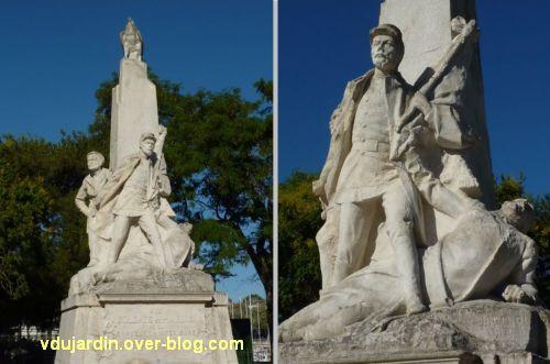 La Rochelle, monument aux soldats et marins, 4, le soldat central