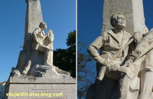 La Rochelle, monument aux soldats et marins, 6, le troisième soldat