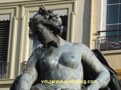 La fontaine Bartholdi à Lyon, 5, détail du buste de l'allégorie