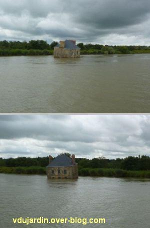 Nantes 2012, croisière, 06, maison dans la Loire de Courcault à Couëron