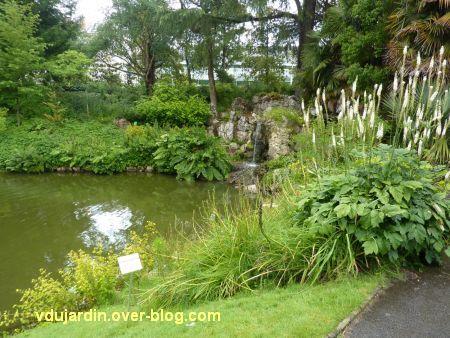 Nantes 2012, le jardin des plantes, 10, grotte sur le lac
