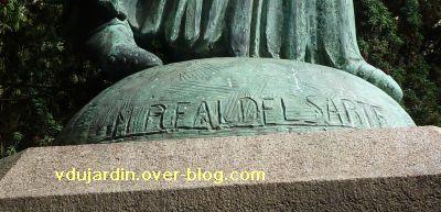 Poitiers, Jeanne-d-Arc de Real del Sarte, 05, signature sur la statue