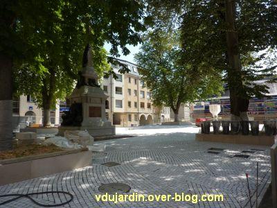 Poitiers, square de la République après restauration, 2, le square devenu place