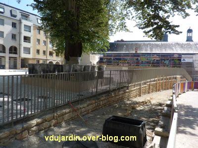 Poitiers, square de la République après restauration, 3, les grilles