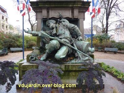 Poitiers, monument aux morts de 1870, 2, le soldat