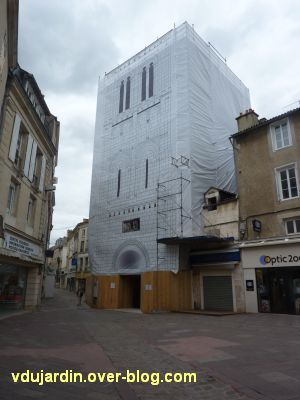 Poitiers, église Saint-Porchaire, 1, sous bâche