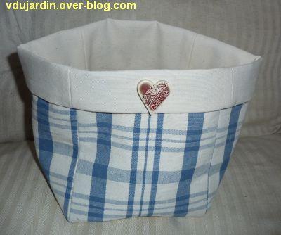 Cadeau d'Emmanuelle en août 2012, 1, le panier en tissu