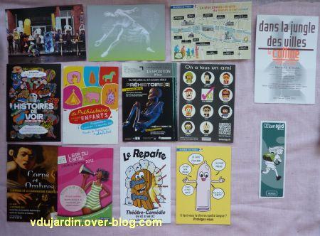 Capucine en juillet 2012, cartes à publicité, 2