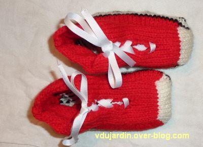 Des chaussons rouges terminés, version finale...