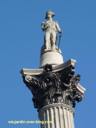 Colonne de Nelson à Trafalgar Square, Londres, 02, Nelson en haut de la colonne
