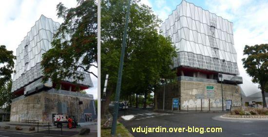 L'ouest de l'île de Nantes 2012, 06, a fabrique avec le bus dans le mur
