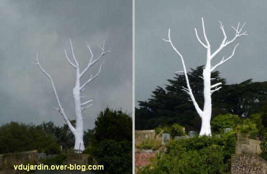 L'ouest de l'île de Nantes 2012, 13, le lunar tree de Mrzyk et Moriceau