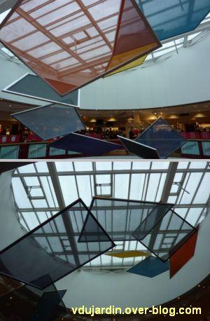 Nantes 2012, début du circuit en ville, 08, sous la coupole des Galeries Lafayette