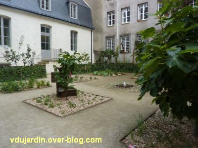 Nantes 2012, début du circuit en ville, 13, jardin du passage Sainte-Croix