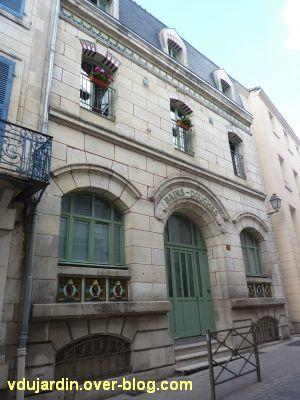 Les anciens bains-douches de Niort, 1, la façade