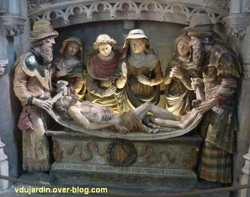 Mise au tombeau du 16e siècle à Notre-Dame-la Grande à Poitiers, 1, vue générale