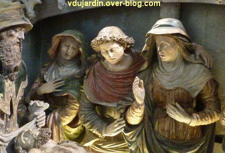 Mise au tombeau du 16e siècle à Notre-Dame-la Grande à Poitiers, 4, sainte femme, st Jean et Vierge