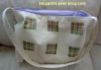 Un sac pour Marly, le dos