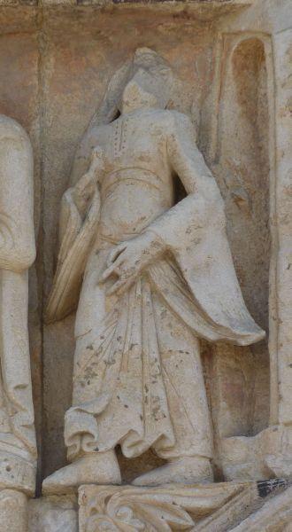 Poitiers, la Visitation de Notre-Dame-la Grande, 3, la suivante de Marie