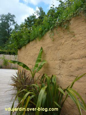 Chaumont-sur-Loire, festival des jardins 2012, jardin 17, 2, mur en terre