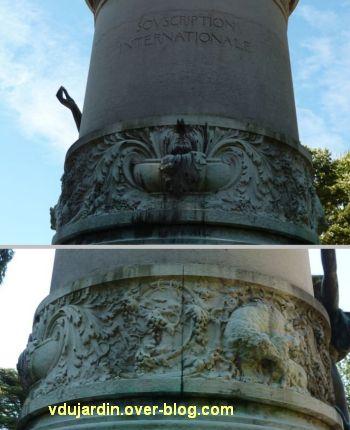 Louis Pasteur à Dole, 10, les reliefs sur la colonne