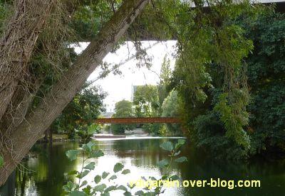 Poitiers, passerelle de Montbernage, mi septembre 2012, 1, tronçons posés