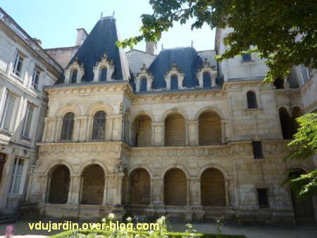 La Rochelle, maison Henri II, 02, l'hôtel particulier Renaissance
