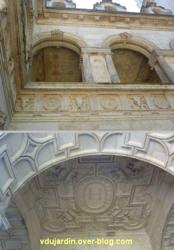 La Rochelle, maison Henri II, 07, galerie à l'étage et plafond