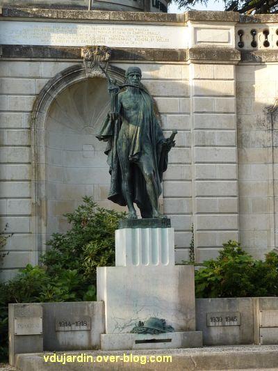 Châtellerault, monument à la révolution et aux morts de 1914-1918, 09, monument 1914-1918