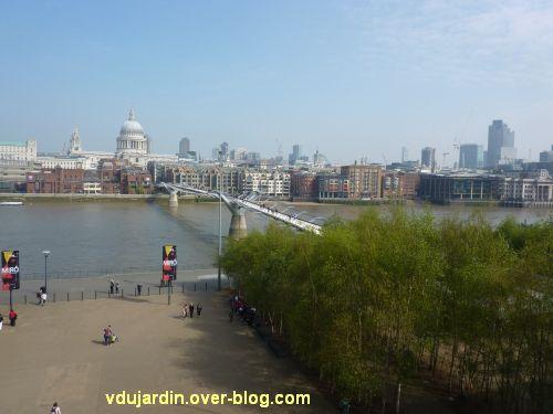 Londres, le pont du millénaire vu depuis la Tate Modern