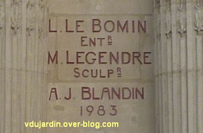 Le Palace à Angers, 3, signatures de l'entrepreneur Bomin, du sculpteur Legendre et du restaurateur