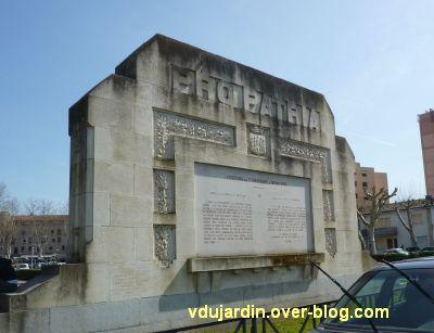 Cahors, monument aux morts de 1914-1918, 8, vue de dos