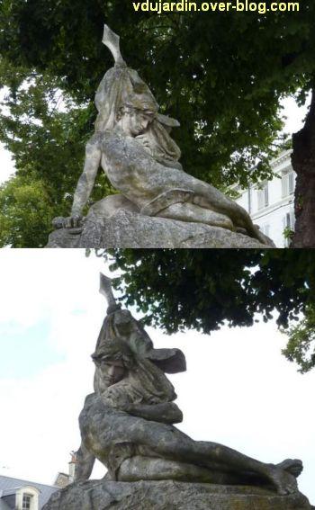 Châtellerault, monument aux morts de 1870, 3, deux vues rapprochées