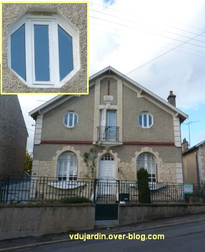 Des fenêtres à Poitiers, 3, sur une villa