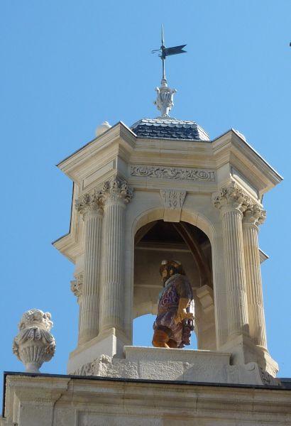 Hôtel de ville de La Rochelle, statue de Henri IV, 2, vue dans le clocheton
