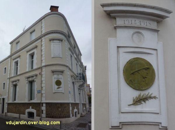 Les Sables-d'Olonne, médaillon à un mort de 1914-1918, 1, immeuble et monument