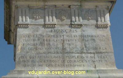 Gambetta par Falguières à Cahors, 8, la citation à l'arrière du socle