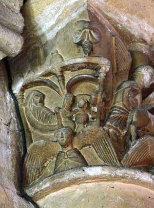Poitiers, église Saint-Hilaire, chapiteau de la fuite en Egypte, 1, Marie alitée et bain du Christ