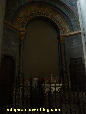 Niort, église Saint-Hilaire, 05, les fonds baptismaux
