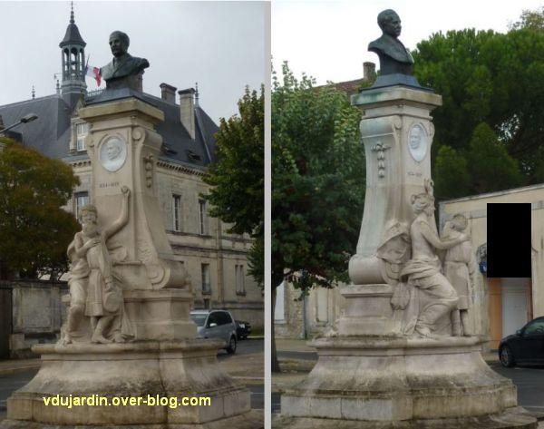 Le monument Lair à Saint-Jean-d'Angély, 02, vues de face et de trois quarts