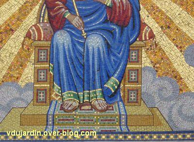 Niort, église Saint-Etienne-du-Port, 9, les pieds du Christ en mosaïque