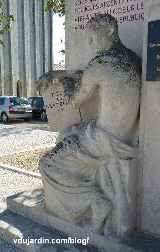 Pons, monument à Emile Combe par Paul Landowski, la République