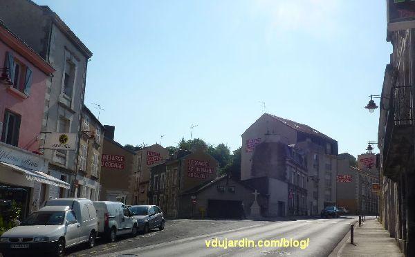 Poitiers, quartier du Pont-Neuf, oeuvre de Christian Robert-Tissot, vue générale