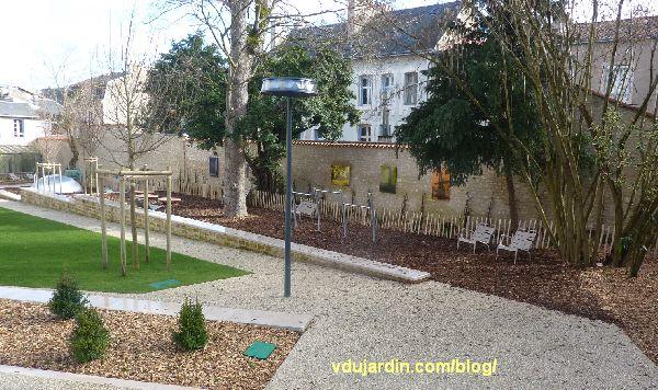 Jardin du Puygarreau à Poitiers, photographies et aire de jeux de Pierre Joseph