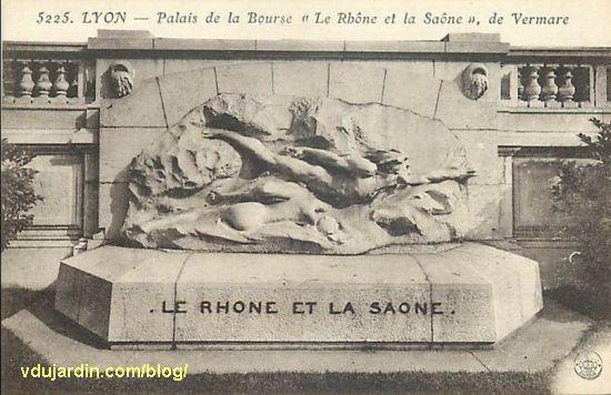 Le Rhône et la Saône de Vermare devant la bourse de Lyon, carte postale ancienne
