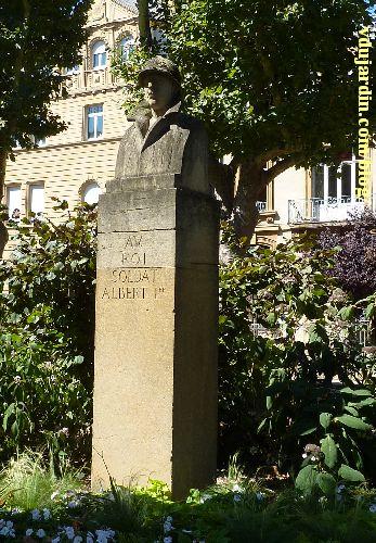 Metz, le monument à Albert Ier par Paul Niclausse