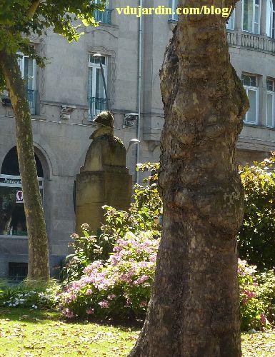Metz, le monument à Albert Ier par Paul Niclausse, de dos