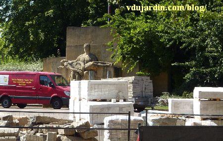 Metz, le monument aux morts de 1914-1918, au milieu des travaux en 2012