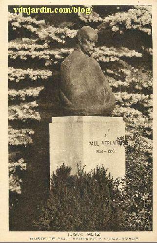 Metz, le monument à Paul Verlaine, carte postale ancienne